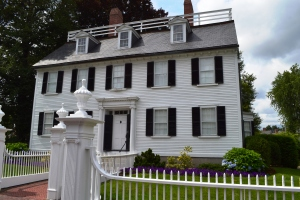 Salem mansion used in movie HOCUS POCUS